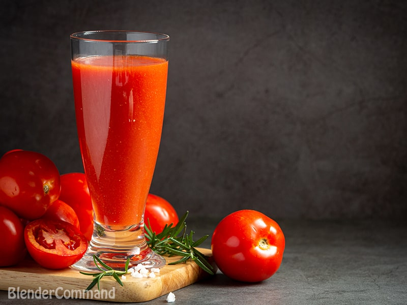 How to make tomato juice in a blender?